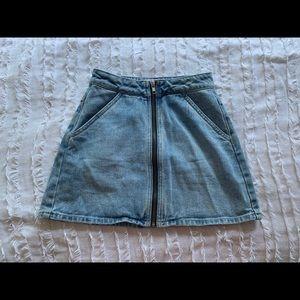 Kendall + Kylie Light denim jean skirt